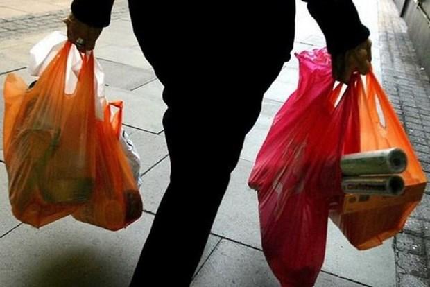 印尼首都雅加达禁止使用一次性塑料袋 hinh anh 1