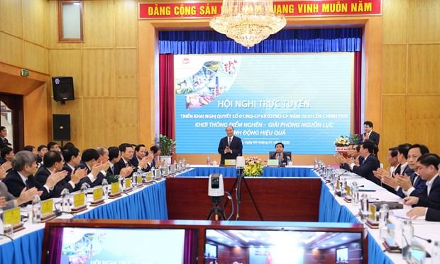 越南政府总理阮春福:促进机制体制建设 构建新经济模式 hinh anh 2