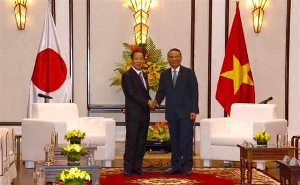 日本自由民主党秘书长二阶俊博访问越南岘港市 hinh anh 1