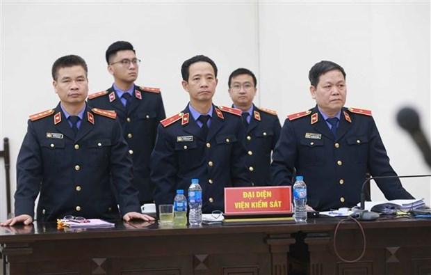 潘文英武案:法院对21名被告人宣判 原岘港市人民委员会主席被判有期徒刑17年 hinh anh 1