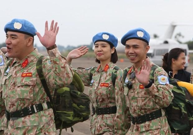 阮志咏上将会见联合国驻越协调员 hinh anh 1