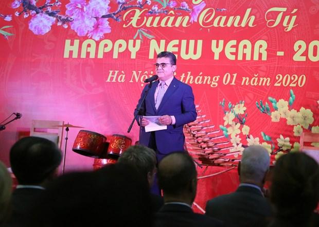 各国驻越外交使团、国际组织、非政府组织见面会在首都河内举行 hinh anh 2