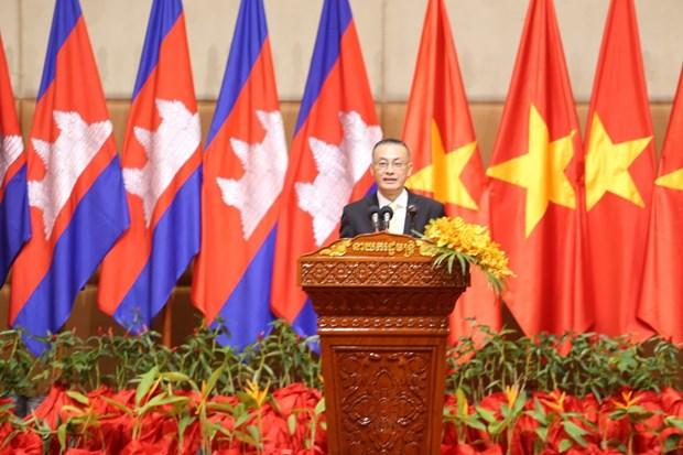 在柬越资企业喜迎2020庚子年新春佳节 hinh anh 1