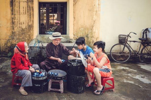 芝麻糊 会安古城的特色传统甜品 hinh anh 2