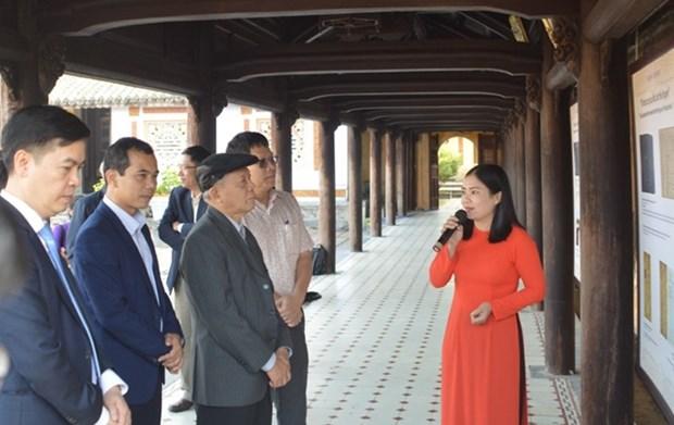 """""""阮朝木板中的宫廷春节""""展览会在顺化古都遗迹区举行 hinh anh 2"""