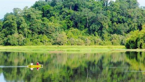 绿色旅游是必然的发展趋势:建立绿色旅游产品 提高旅游行业竞争力水平 hinh anh 1