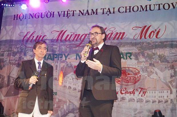 旅居捷克越南人社群纷纷举行迎新春活动 hinh anh 2