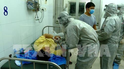 来自中国并在越南接受治疗的一名新型冠状病毒肺炎患者检测结果呈阴性 hinh anh 1