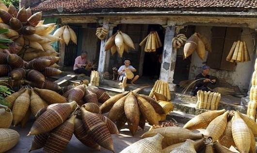 传统鱼陷阱编织——越南北部三角洲的独特传统手工艺 hinh anh 1