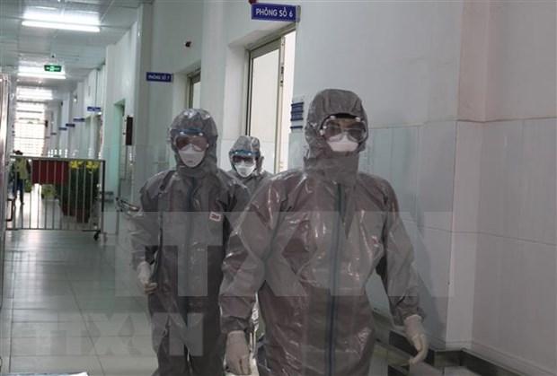 越南成立45个新型冠状病毒快速反应机动小组 hinh anh 1