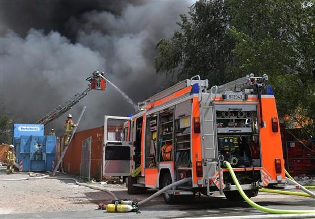 德国首都柏林:一所越南人拥有产权的建筑物起火造成12人受伤 hinh anh 1