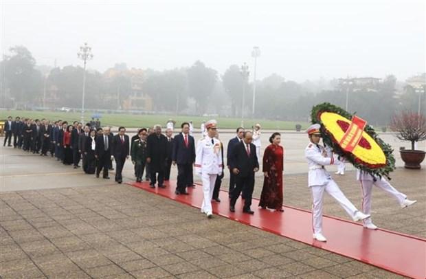 越共中央总书记:越南共产党有足够的本领、信誉和能力 担当领导国家的大任 hinh anh 2