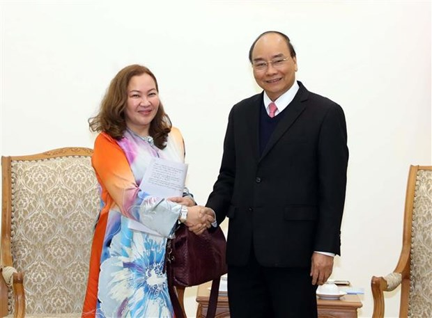 越南政府总理阮春福会见马来西亚和亚美利亚驻越大使 hinh anh 1