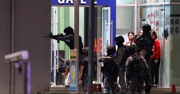 阮春福总理就泰国枪击案向泰国总理巴育致慰问电 hinh anh 1
