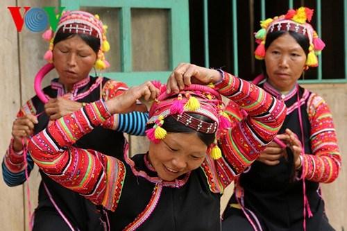 拉祜族独特的传统春节 hinh anh 1