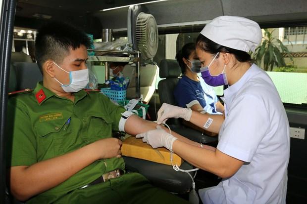新冠肺炎疫情:越南红十字会举行无偿献血和疫情防控宣传活动 hinh anh 2