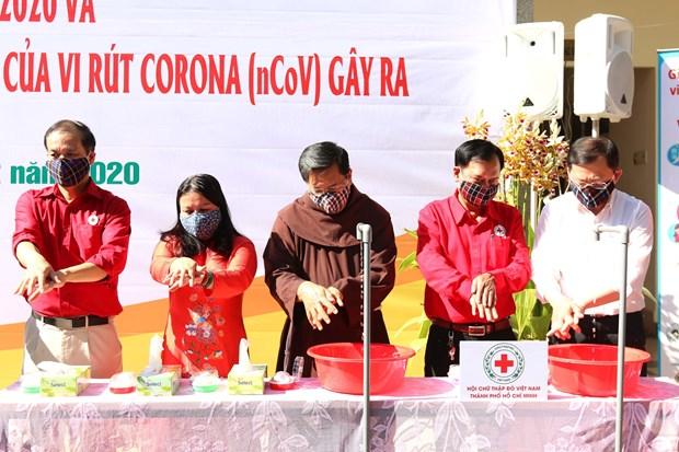 新冠肺炎疫情:越南红十字会举行无偿献血和疫情防控宣传活动 hinh anh 1