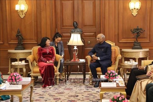 越南国家副主席邓氏玉盛会见印度共和国总统科温德 hinh anh 1