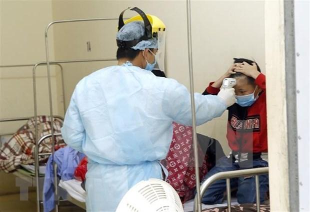 新冠肺炎疫情:3个月大女婴身体健康好转 hinh anh 1