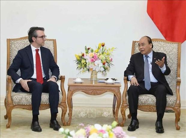 越南政府总理阮春福会见欧盟驻越代表团团长 hinh anh 1