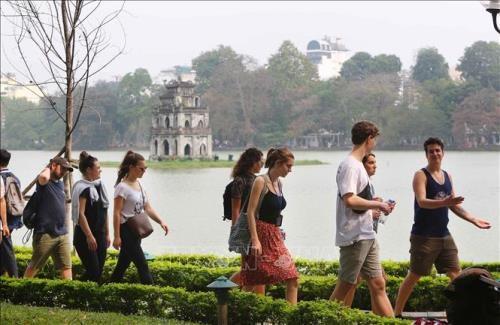 越南旅游:河内市为2020年迎接大量游客做好充分准备工作 hinh anh 1
