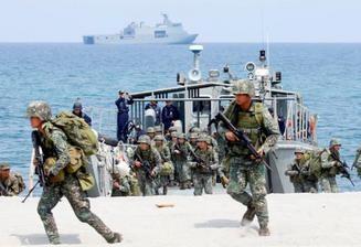 菲美《访问部队协议》终止后菲律宾将停止所有美菲军演 hinh anh 1