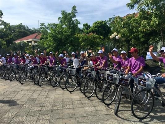 顺化市推出单车共享服务的新型旅游产品 hinh anh 1