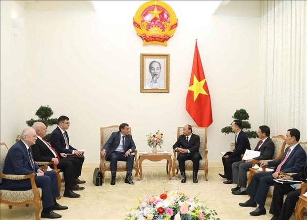 越南政府总理阮春福会见俄罗斯反腐局局长谢尔盖维奇 hinh anh 1