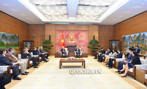 国会副主席汪周刘会见德国东盟友好议员小组代表团 hinh anh 2
