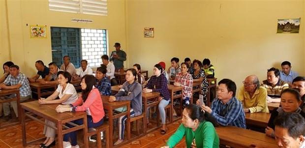 为有意加入柬埔寨国籍的旅柬越南人举办培训班 hinh anh 1