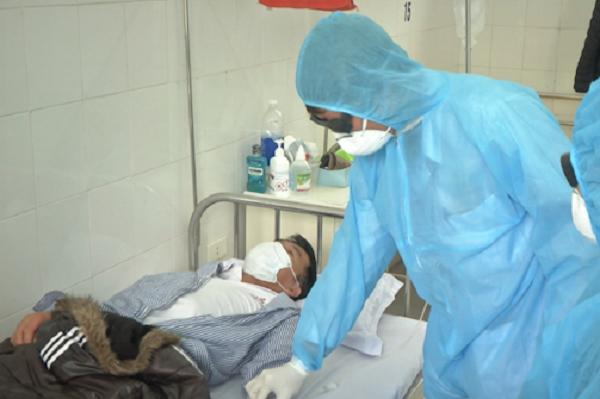 新冠肺炎疫情:确诊新冠肺炎的16名患者已全部治愈 hinh anh 1
