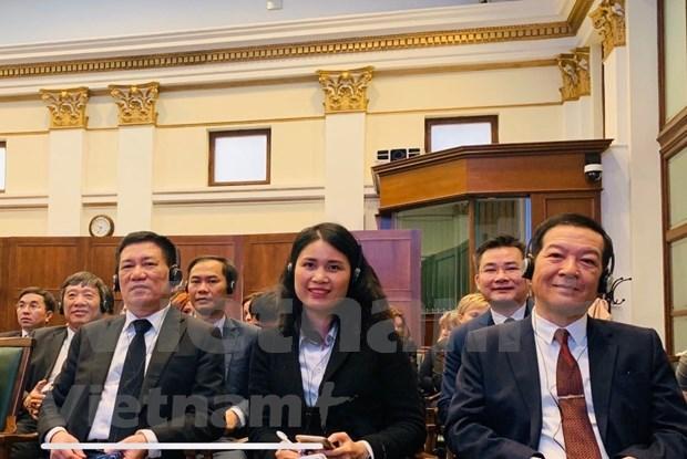越南国家审计署代表团出席在匈牙利召开的国际研讨会 hinh anh 1