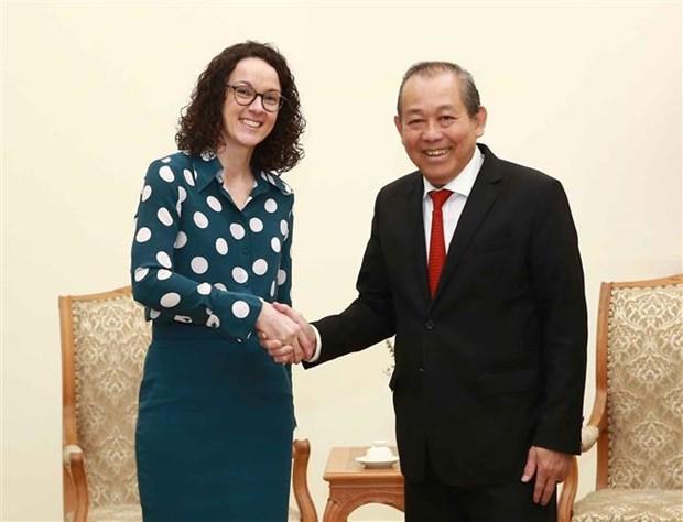 政府常务副总理张和平会见德国黑森州科技与艺术部长安吉拉·多恩 hinh anh 1