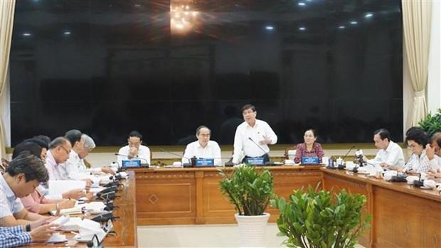 新冠肺炎疫情:暂停对来自韩国大邱市和庆尚道的务工人员发放劳务许可 hinh anh 1