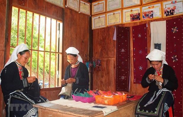 日本对奠边省打击拐卖妇女和儿童等行为提供无偿的资金援助 hinh anh 1
