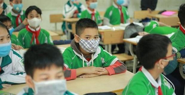 越南教育部考虑继续允许学前、小学、初中学生停课时间延长1-2周 hinh anh 1