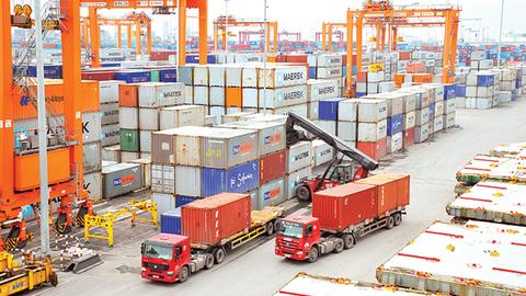 2020年前2月越南贸易顺差达1.76亿美元 hinh anh 1