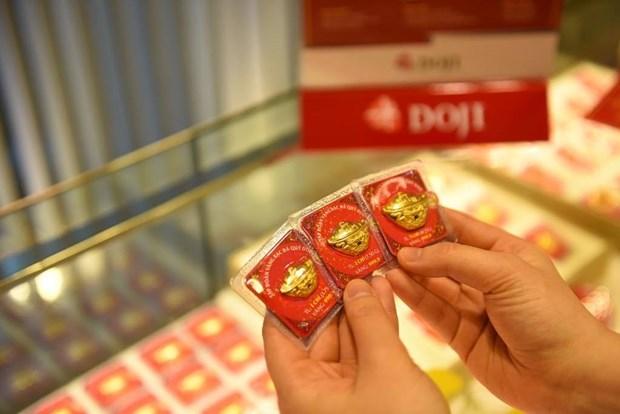 3月2日越南国内黄金价格大跌后回升 hinh anh 1