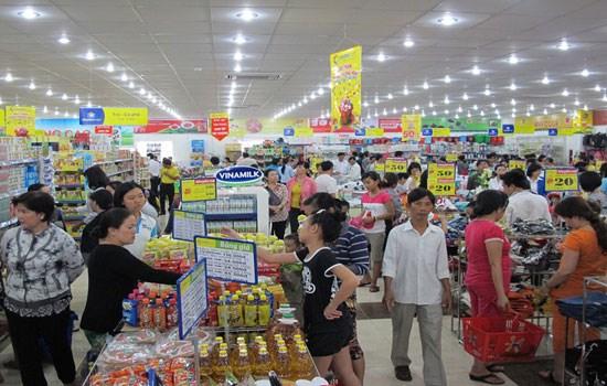 胡志明市及时调配生活必需用品 保障市场供应 hinh anh 1