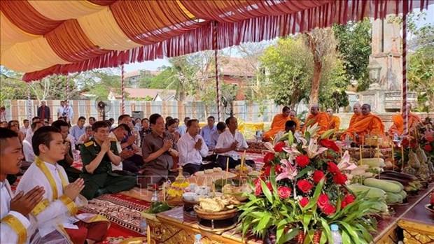 设在柬埔寨磅士卑省的越柬友谊纪念碑动工兴建 hinh anh 1