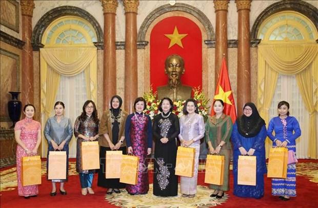 越南高度重视性别平等和赋予妇女权利 hinh anh 1