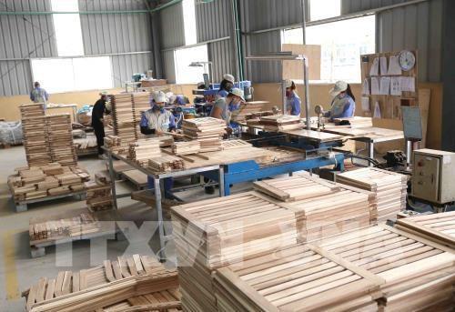 新冠肺炎疫情:木材企业需改变经营策略 hinh anh 1