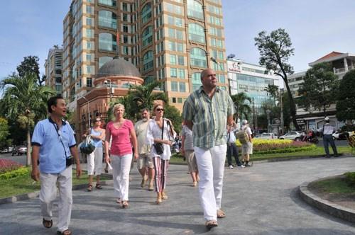 2月份胡志明市接待国际游客量346650人次 hinh anh 1