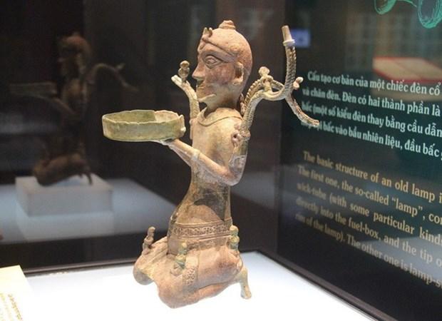 越南各家博物馆力争保护与弘扬国家宝物价值 hinh anh 1