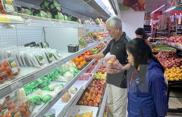 政府总理指示为首都河内的超市和商店提供足够的商品 hinh anh 1
