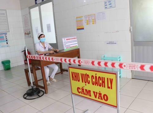 新冠肺炎疫情:在广平省4名疑似感染新冠肺炎的外国公民检测结果为阴性 hinh anh 1