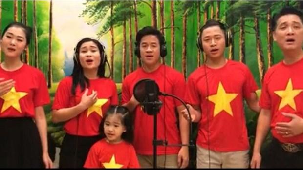 越南娱乐圈艺人:用艺术抵抗疫情 hinh anh 1