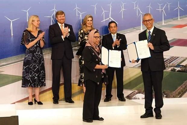 印尼与荷兰签署价值10亿美元的合作协议 hinh anh 1