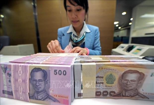 新冠肺炎疫情:泰国内阁通过利用4000亿泰铢进行经济刺激的提案 hinh anh 1