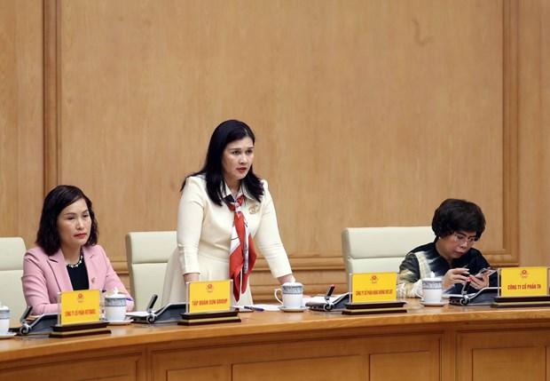 阮春福总理:采取紧急和适当的措施来克服困难 实现可持续发展 hinh anh 2